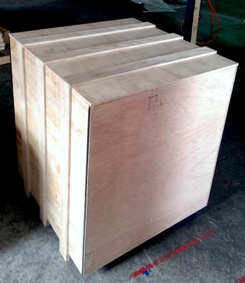 實木木箱包裝,出口木箱包裝, 真空木箱包裝,環保木箱包裝,鋼帶木箱包裝,熏蒸木箱包裝,花格木箱包裝,防震木箱包裝,軍工木箱包裝,減壓木箱包裝,熱處理木箱包裝,免檢木箱包裝等。