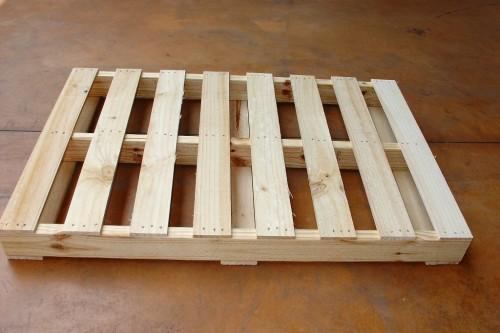 松木板條棧板